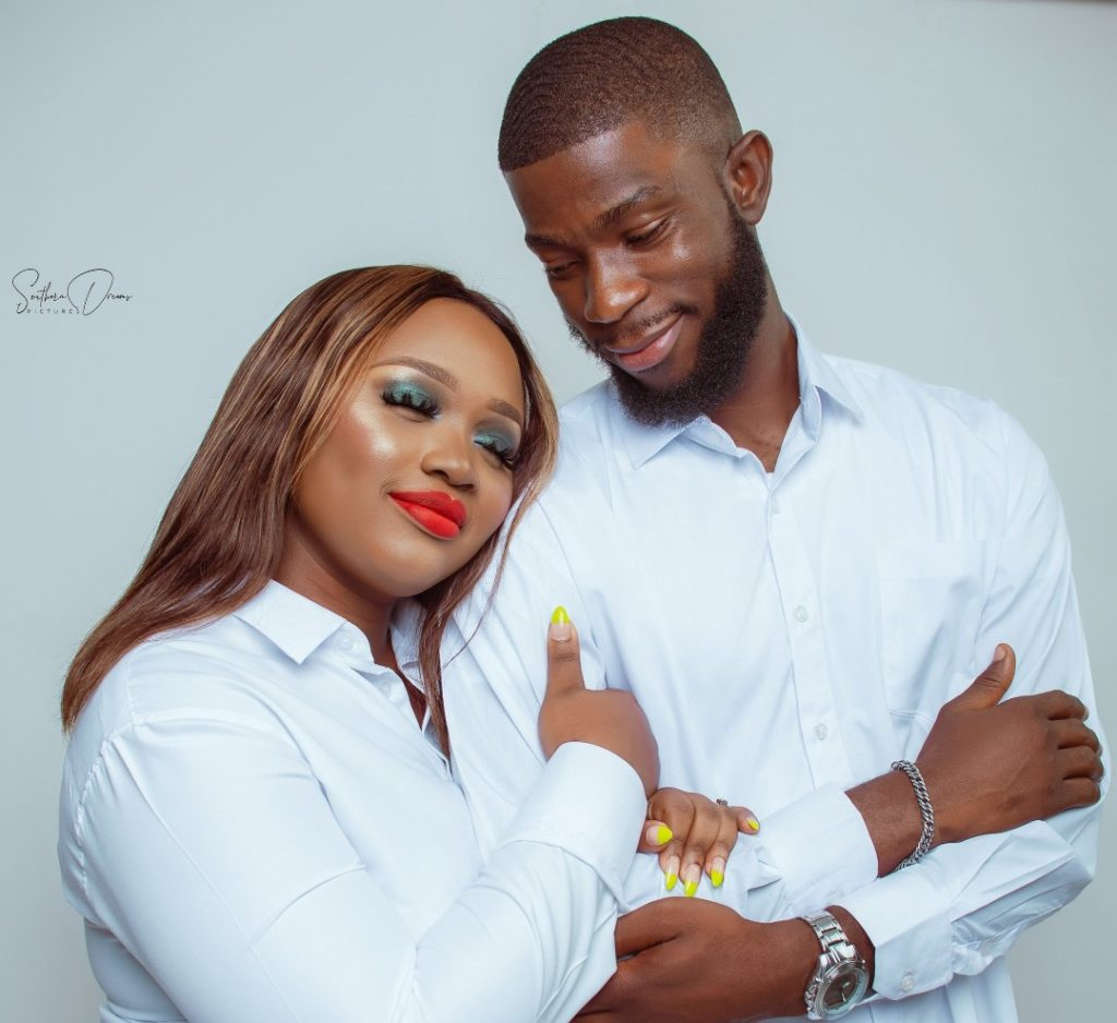 Nigeria-lady-marry-man-who-borrow-her-earpiece-1.jpg