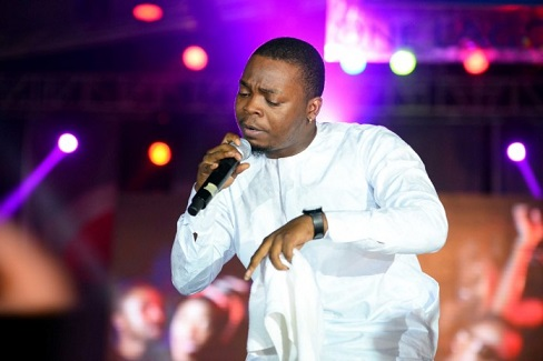 Olamide-stage